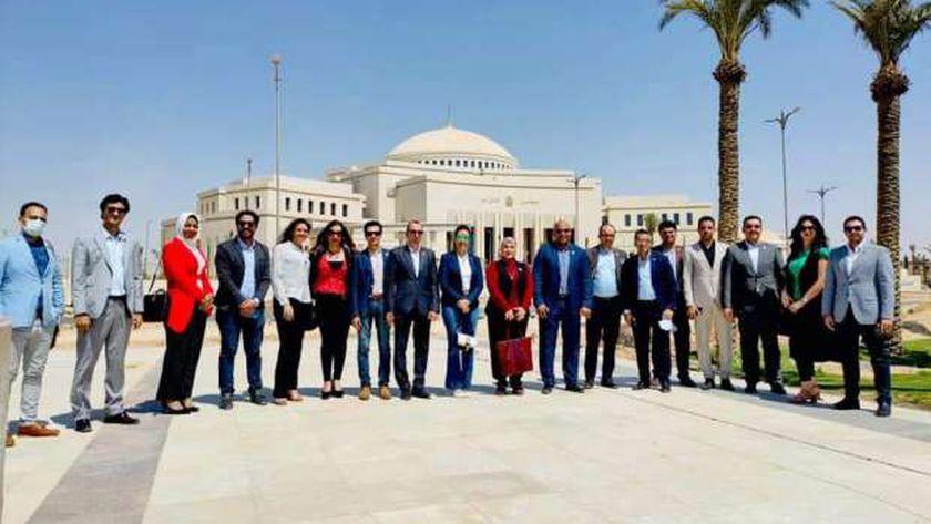 وفد تنسيقية شباب الاحزاب والسياسيين خلال  زيارة العاصمة الإدارية الجديدة