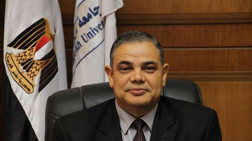 الدكتور عبدالرازق الدسوقي رئيس جامعة كفر الشيخ