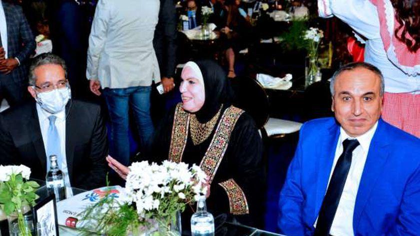 وزيرة التجارة خلال افتتاحها للمهرجان