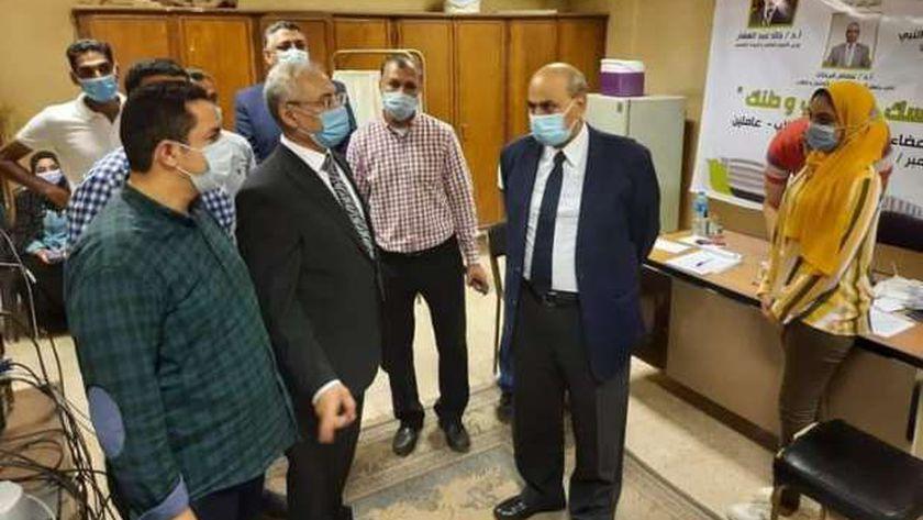 رئيس جامعة المنيا يتابع استعدادات الدراسة