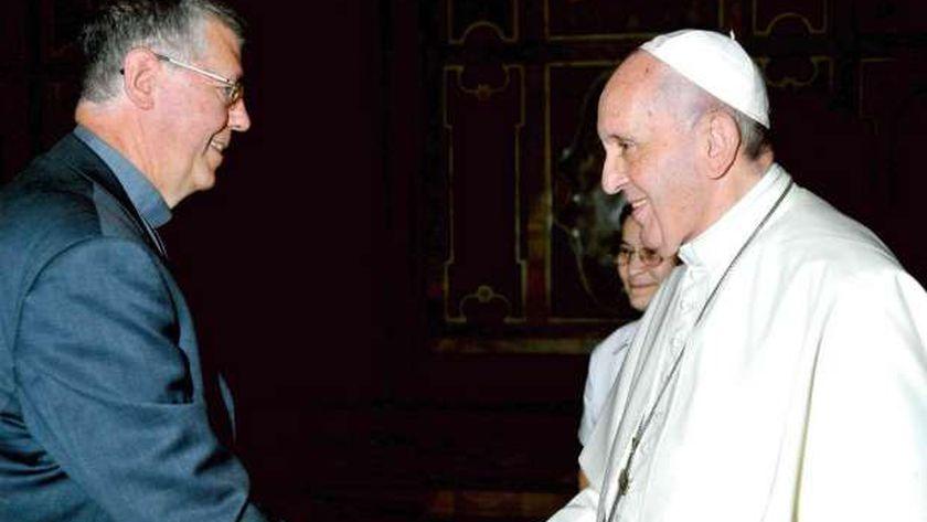 بابا الفاتيكان مع النائب الرسولي الجديد