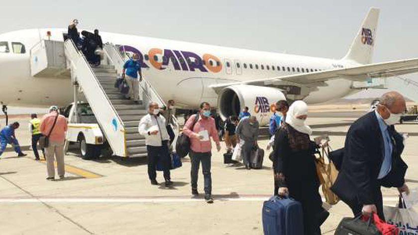 مطار مرسي علم يستقبل رحلة جدة