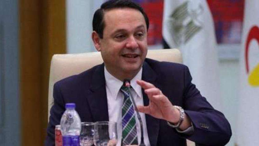 الدكتور أشرف منصور