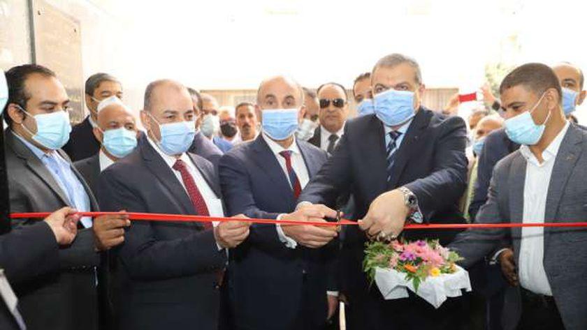 وزير القوى العاملة يفتتح عيادات التأمين الصحي بجامعة الزقازيق