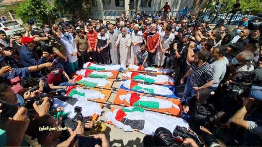 الدعاء أحد وسائل دعم الفلسطينيين في وجه عدوان الصهاينة