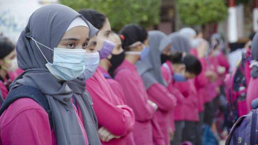صورة أرشيفية لطالبات أثناء طابور الصباح