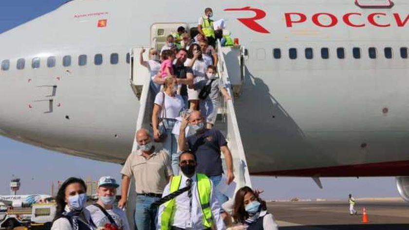 تدفق السياح الأجانب إلى مصر