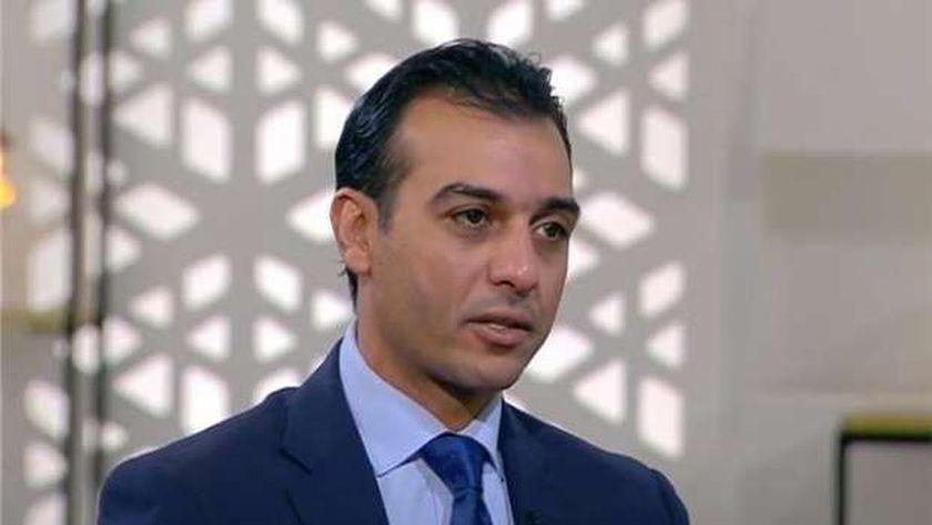 الدكتور إسلام عنان أستاذ اقتصاديات الصحة وعلم انتشار الأوبئة