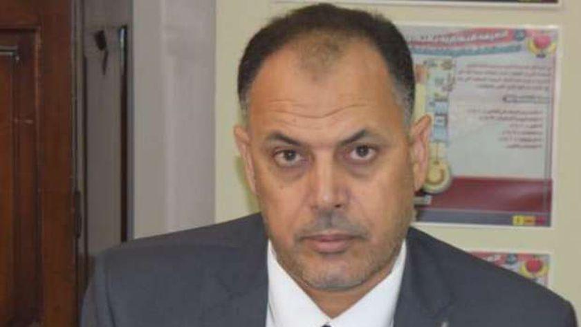 أنور رحيم رئيس مجلس إدارة الغرفة التجارية بمطروح