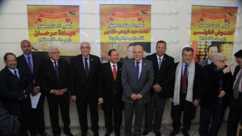 """نادى قضاة مجلس الدولة يهنئ الدكتور محمد خفاجى لتكريمه من """"علماء مصر"""""""