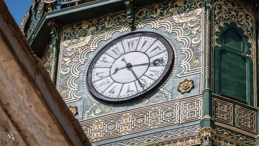 الساعة الدقاقة بالقلعة