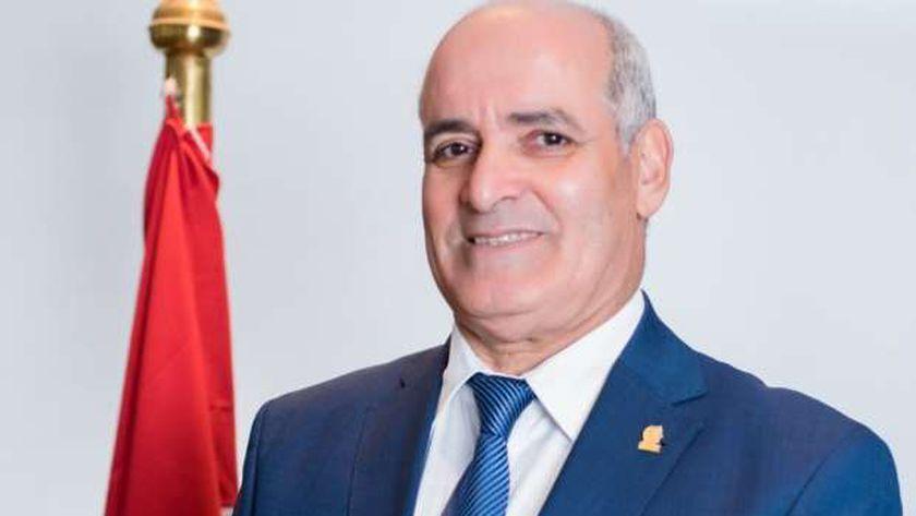 الدكتور أحمد جابر شديد .. رئيس جامعة الفيوم