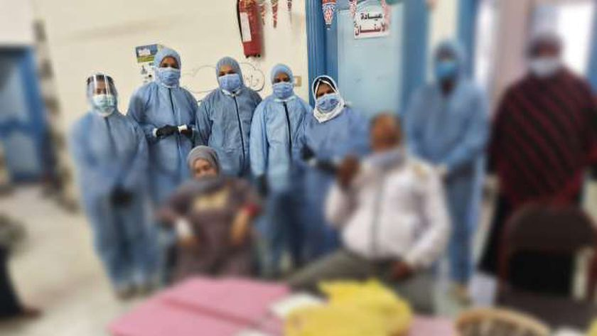 """بهجة رمضان وإحتفلات مع مصابي """"كورونا"""" بمستشفي السنطة المركزي"""