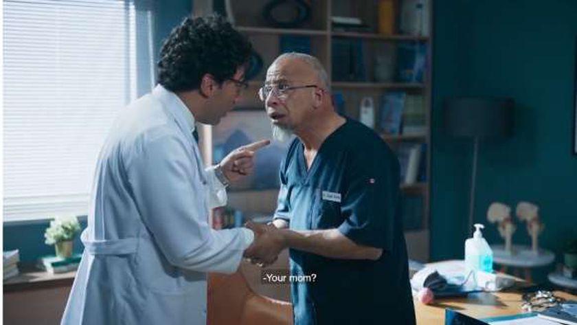 شريف دسوقي في مشهد من فيلم «ماما حامل»