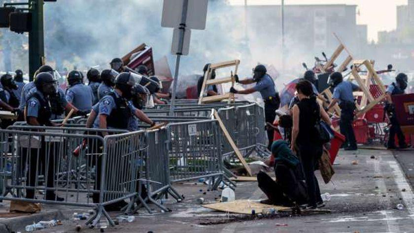 احتجاجات مدينة منيابوليس على مقتل جورج فلويد