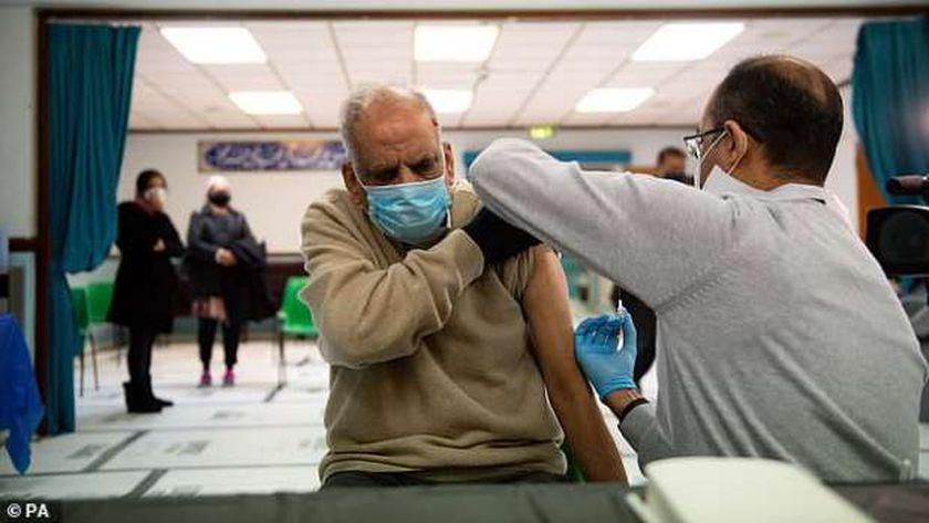 التطعيم بلقاح كورونا