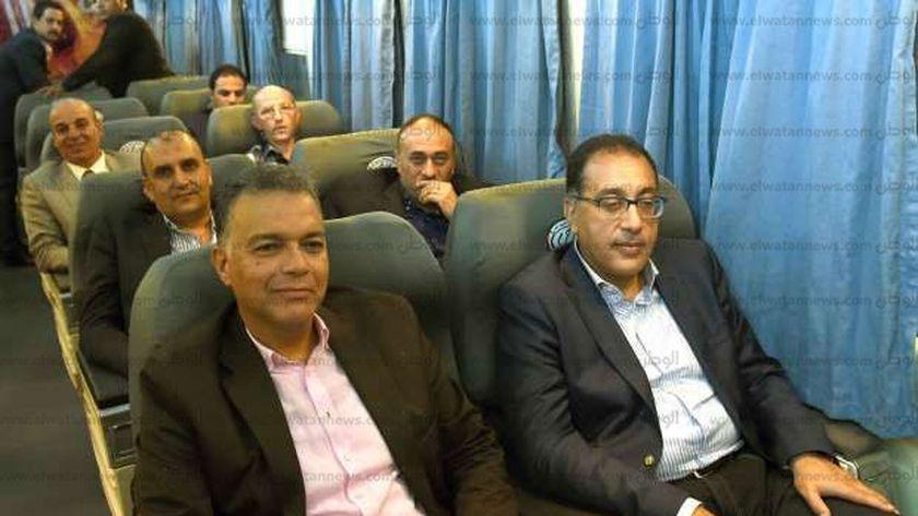 رئيس الوزراء يستقل القطار ٩٨٢ قادما من سوهاج الى محافظة قنا