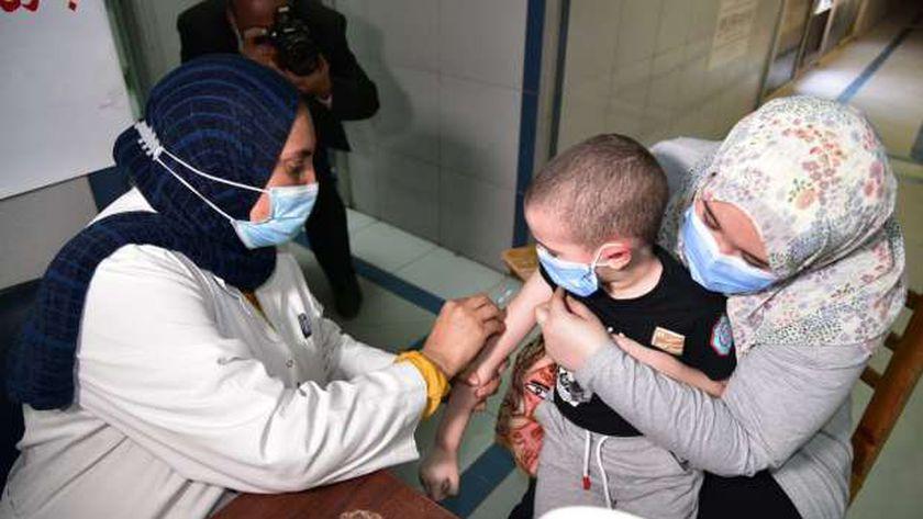 """منها السعار .. """"الصحة"""" تكشف 8 تطعيمات يجب أن تعرفها لحماية نفسك"""