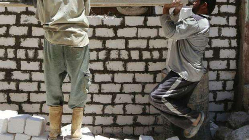 تنمية المشروعات يمول مشروعات كثيفة العمالة بـ228 مليون جنيه في 11 محاف