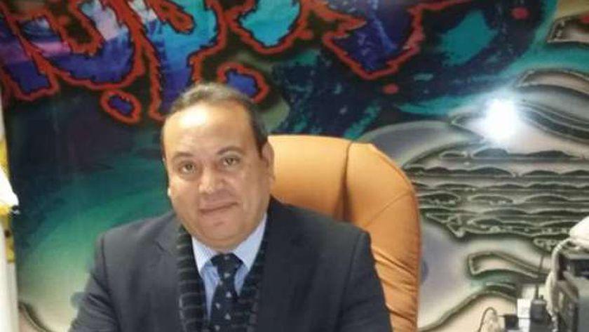 الدكتور ياسر سهيل