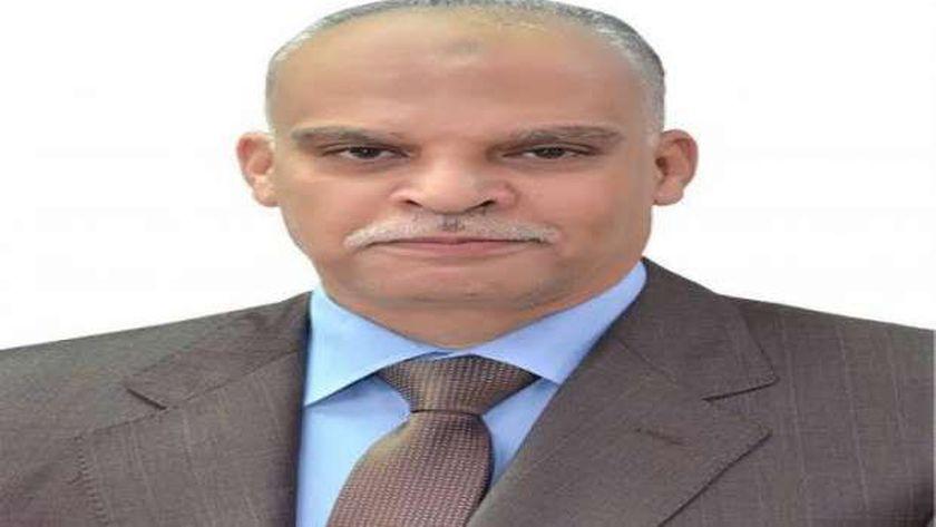 رئيس شركة مصر للطيران للصيانة المتوفى أثناء العمل