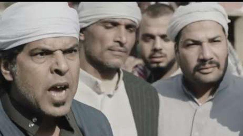 الفنان حسن اللول خلال مشهد من مسلسل الاختيار 2