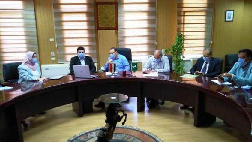 محافظ الشرقية : مهلة أسبوعين لتقنين أوضاع 567 حالة تعدي على أملاك الدولة