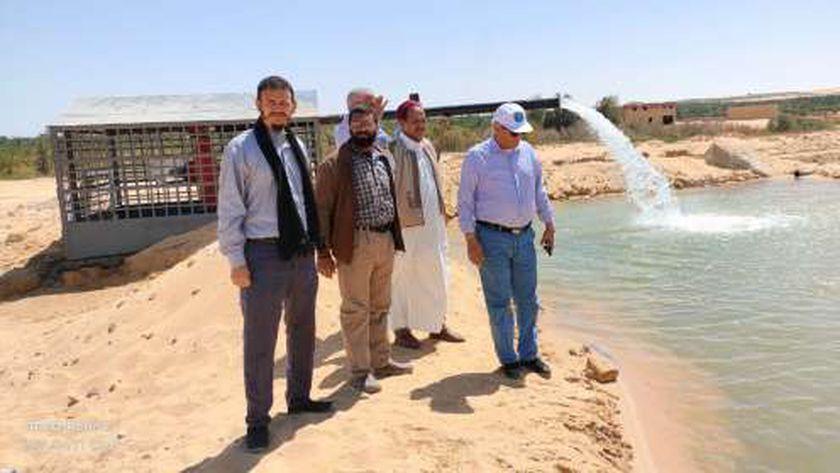 جانب من متابعة رئيس شركة مياه مطروح مواقع الشركة بسيوة