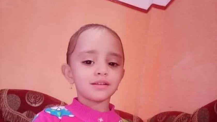 الطفلة سجدة السيد أشرف