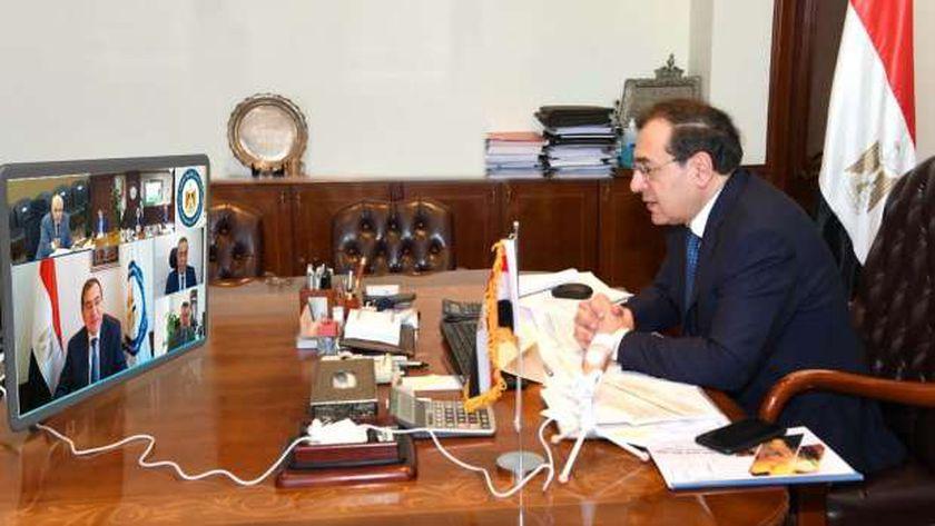 وزير البترول خلال رئاسته للجمعية