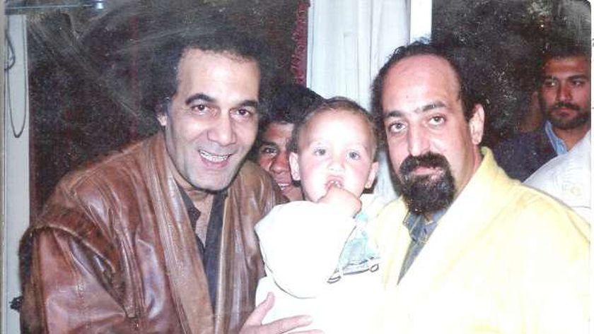 محمود ياسين مع شقيق شهيرة