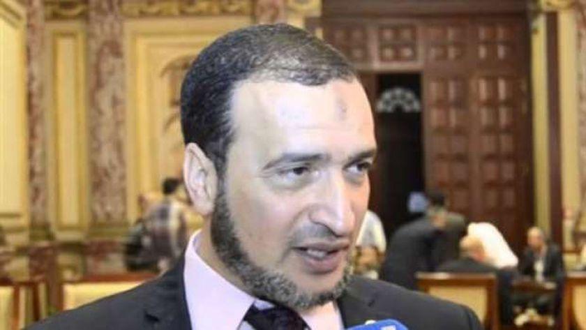 الدكتور مدحت نجيب رئيس حزب الأحرار