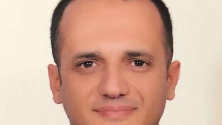 د.محمد  الشناوي عضو اللجنة العليا للبحوث الاكلينيكية  بالتعليم العالي