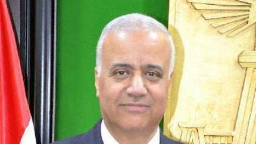 الدكتور عصام الكردى، رئيس جامعة الإسكندرية