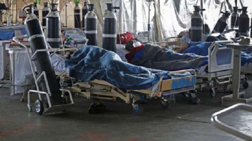 مرضى كورونا في إحدى مستشفيات جنوب إفريقيا