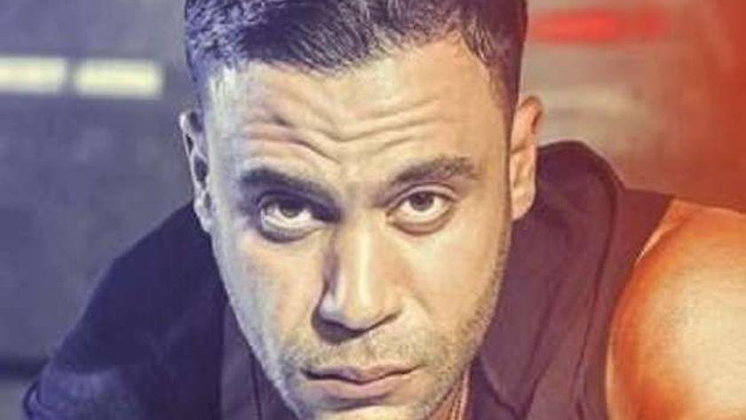 محمد عادل إمام عن منافسة محمد رمضان له: ده نجم في الغناء - فن وثقافة -