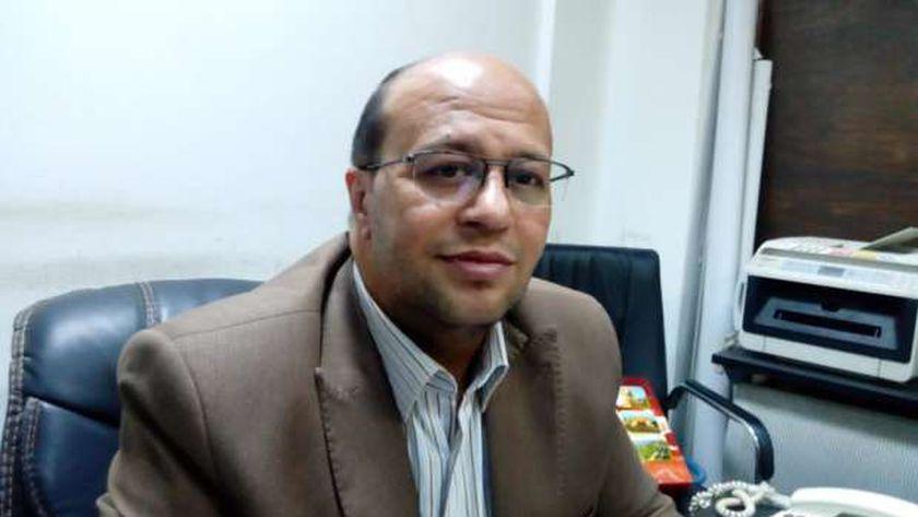 الدكتور احمد ابو غنيمه