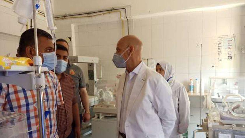 وكيل صحة الشرقية يتفقد سير العمل بمستشفي القرين المركزي