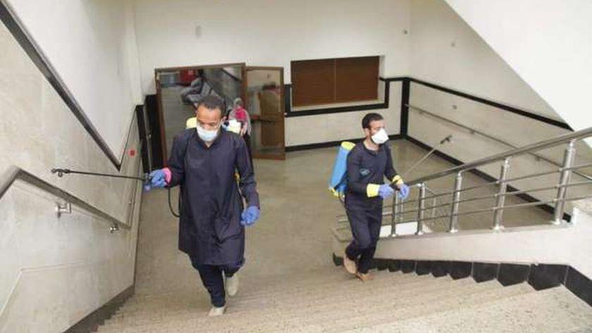 تطهير وتعقيم مستشفى كفر الشيخ الجامعى وشوارع المحافظة
