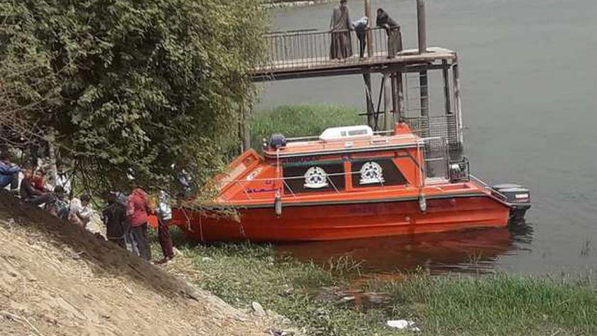 مصرع تلميذين غرقا اثناء الاستحمام في النيل بسوهاج