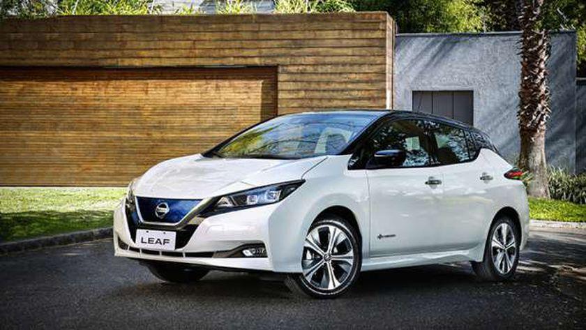 اتفاقية بين  نيسان  و أوبر  لإطلاق أسطول سيارات كهربائية - سيارات -
