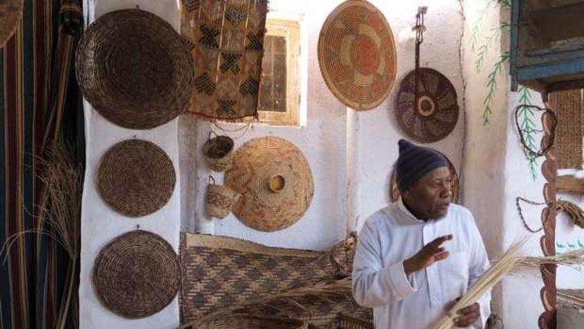 محمد صبحى داخل متحفه النوبى