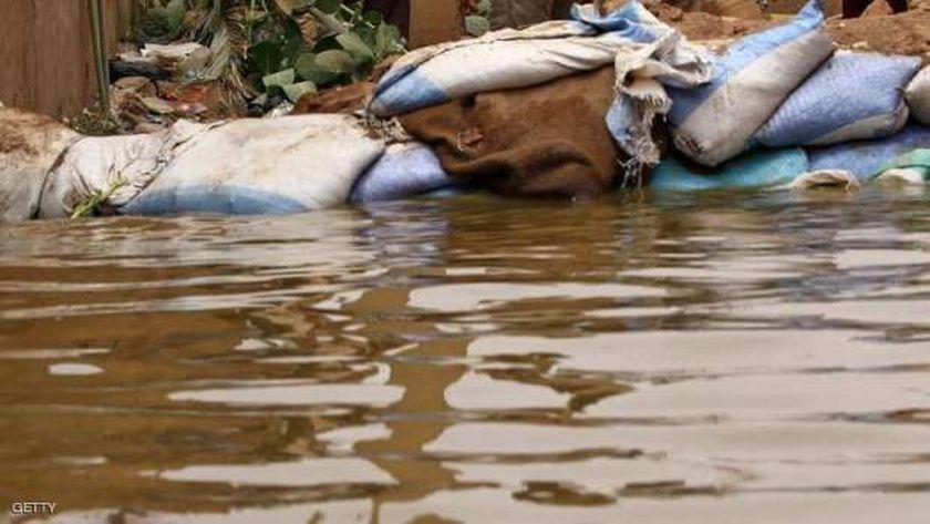مياه الفيضان تغمر مدينة بارتين