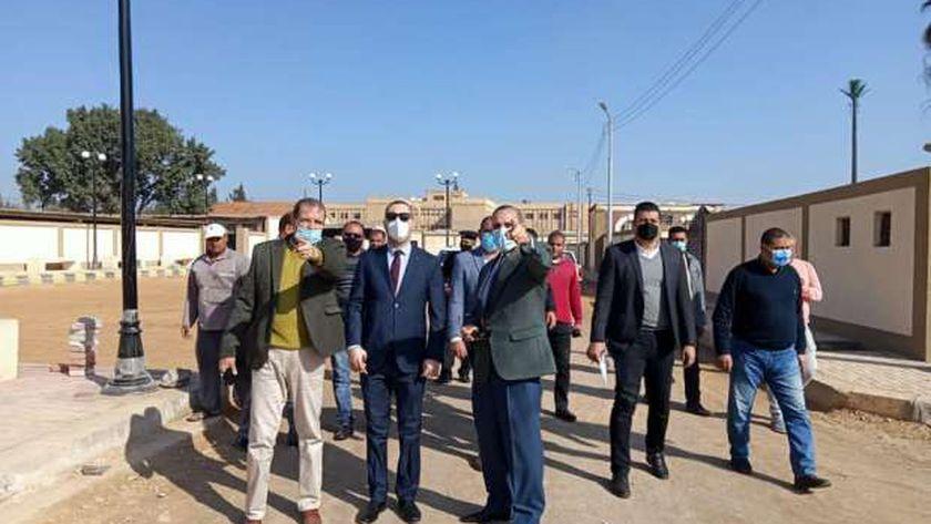 محافظ كفر الشيخ يتفقد أعمال تطوير مسار بيت العائلة بسخا استعدادًا لافتتاحه