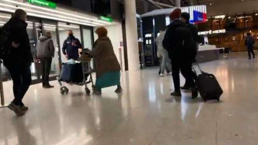 العثور على قنبلة في مطار هيثرو