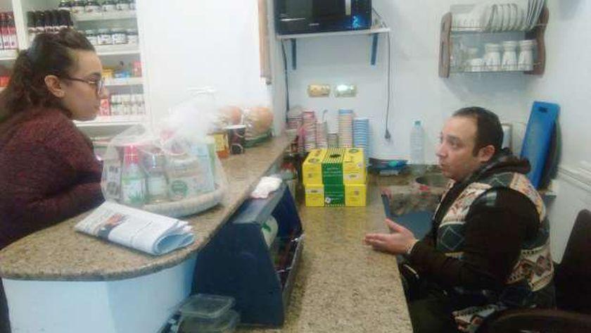 مطبخ صحي داخل إحدى محلات العسل