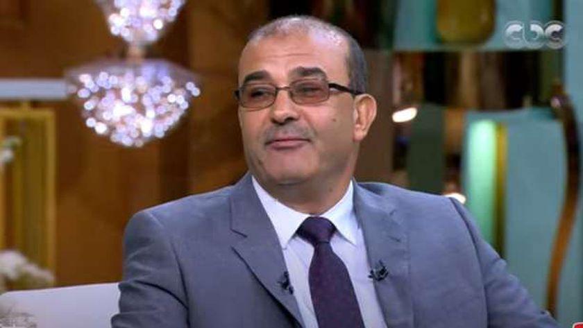 د.نبيل حلمي الأمين العام لجمعية مصر الجديدة