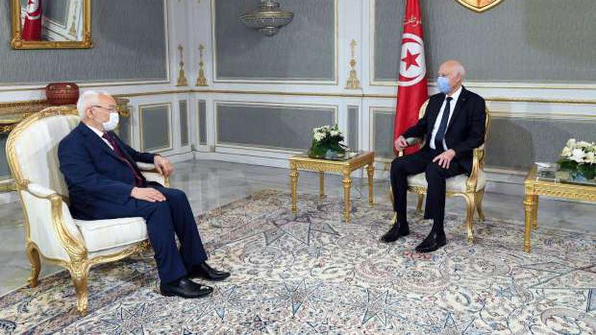 الرئيس التونسي قيس سعيد مع راشد الغنوشي