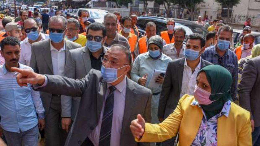 صورة نقل الباعة الجائلين من شارع القاهرة إلى سوق الثلاثين بالإسكندرية – المحافظات