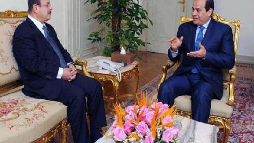 السيسي ووزير الداخلية اللواء مجدى عبدالغفار
